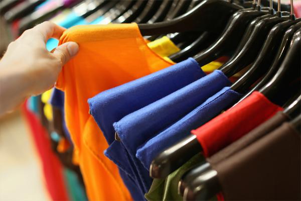 prendas de mujer en diferentes estilos