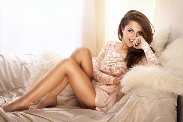 mujer sexy elegante exclusiva